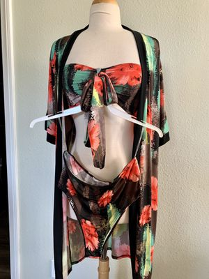 Fashion Nova Set/silky material size Small for Sale in Carson, CA