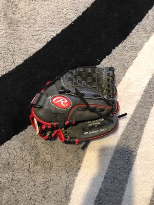 Rawlings baseball glove for Sale in Queens, NY