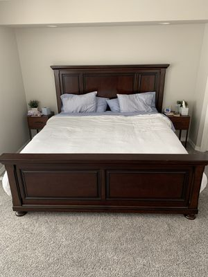 King Bed for Sale in Pasco, WA