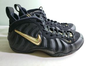 Nike Air Foamposite Pro Black/Metallic Gold 624041 009 Size 9 for Sale in Seattle, WA