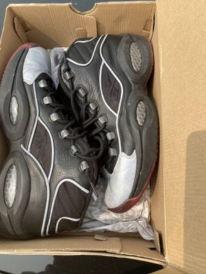 Reebok questions size 10.5 for Sale in Lakewood, WA