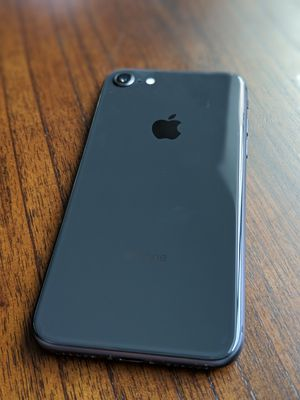 iPhone 8 64gb unlocked for Sale in Spring, TX
