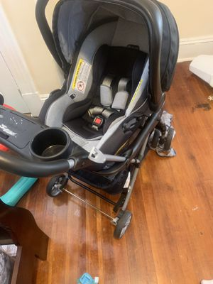 Stroller with car seat for Sale in Hartford, CT