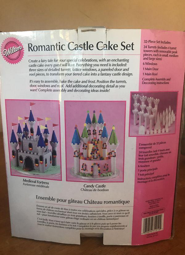 Romantic Castle Cake Set for Sale in Spanaway, WA - OfferUp