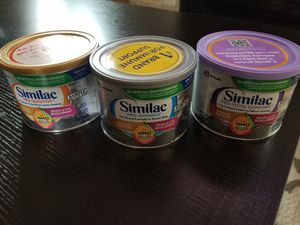 Similac baby formula free three cans for Sale in Oak Lawn, IL