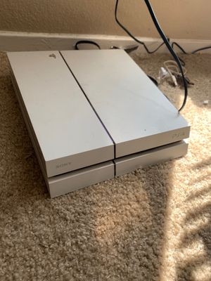 White PS4 for Sale in Arlington, TX
