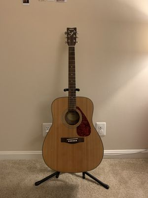 Beginner acoustic guitar + freebies for Sale in Arlington, VA