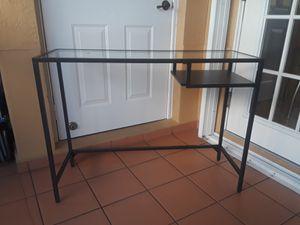 Mesa para computadora for Sale in Hialeah, FL