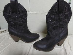 MIA GIRL boots size 6 for Sale in Springfield, IL