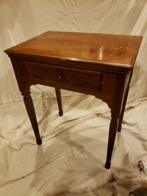 Antique 1951 Singer Sewing Desk & Stool for Sale in Midlothian, VA