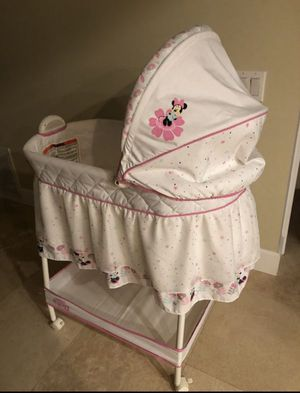 Delta Children Gliding Bassinet Minnie Boutique Adjustable removable canopy NEW for Sale in Huntington Beach, CA