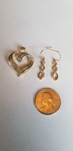 Stunning Large heart Sterling Silver Gold filigree diamond and pierced earring set for Sale in Lake Stevens, WA