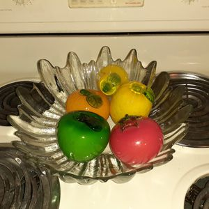 Vintage pressed crystal dish w/antique Murano Italian blown glass fruit for Sale in McKnight, PA
