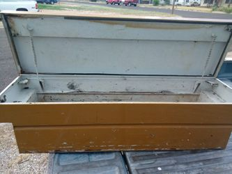 Toolbox for a truck for Sale in San Angelo,  TX