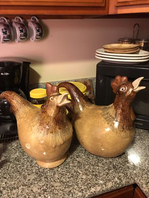 """Kitchen decor. """"Two Hens"""" for Sale in Fresno, CA"""