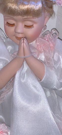 Praying Porcelain Doll for Sale in Kenosha,  WI