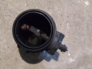 2004 Hyundai Santa Fe mass air flow sensor for Sale in Cincinnati, OH