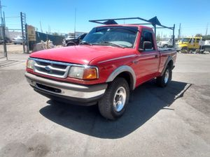 FORD RANGER XLT* 4X4 * 1995* 200 000+ MILES* AUTOMATIC * 4 CILINDERS* RELIABLE TRUCK * SE HABLA ESPAÑOL* for Sale in Las Vegas, NV
