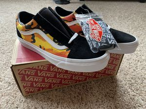 NEW Pop Camo Orange Old Skool Vans (SIZE 7.5) for Sale in Tamarac, FL