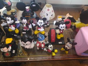 Disney Collectables Online Auction for Sale in Sterling Heights, MI