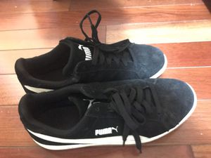 Puma shoes size 9 for Sale in Hyattsville, MD