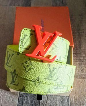 2020 Louis Vuitton belt for Sale in Lanham, MD