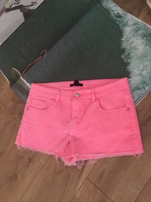 HOT PINK SHORTS SIZE 29 for Sale in Temecula, CA
