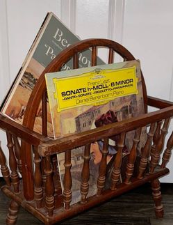Vintage Antique Farmhouse Wood Spindle Wagon Wheel Magazine Holder Vinyl Records Storage Rack Stand for Sale in Chapel Hill,  NC