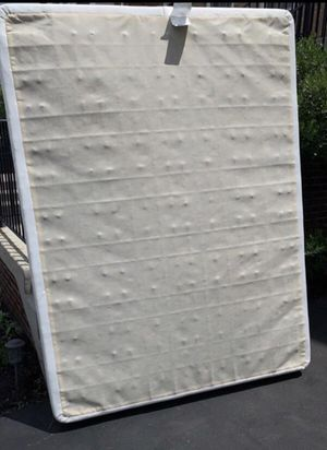 Free Queen Size box spring for Sale in Leesburg, VA