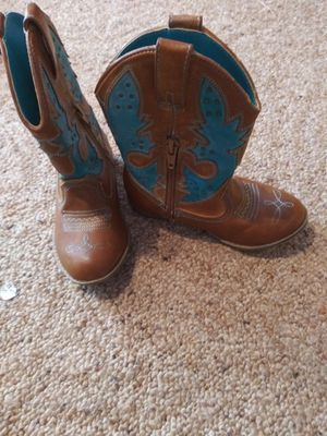 Size 8 little girls boots for Sale in Guthrie, OK
