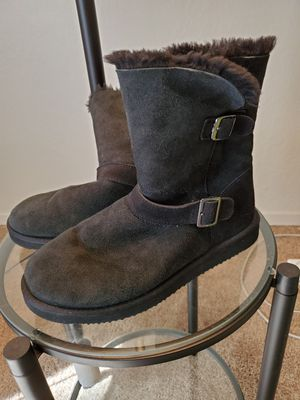 Black Boots with Faux Fur for Sale in Fresno, CA