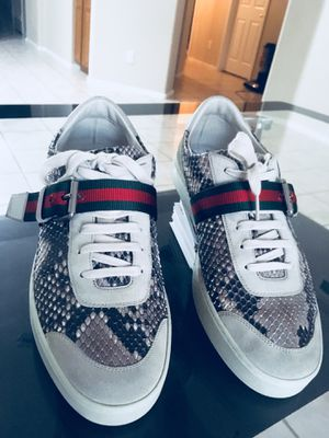 Gucci Exótic Python Snake Skin Mens Shoes Size 9.5 Made In Italy 100% Original for Sale in Phoenix, AZ