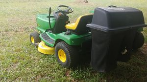 John Deere LX155 with a bagger for Sale in Pelzer, SC