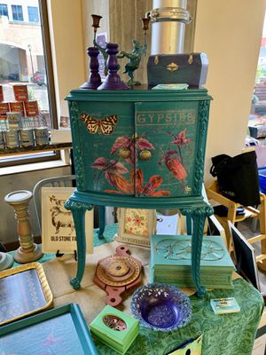 Hand painted home decor, furniture, vintage Pyrex for Sale in Rockville, MD