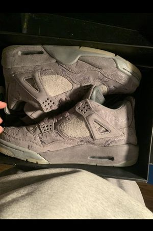 Air Jordan Retro 4 x kaws Gray Basketball shoes size 10 for Sale in Miami, FL