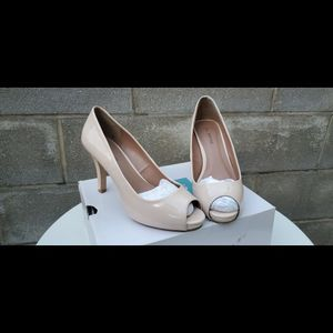 Variety Women's Shoes/Heels/Sandals/Boots for Sale in Philadelphia, PA