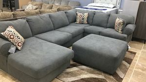 New Jayceon Steel RAF Sectional Couch & living room set & sofa for Sale in Houston, TX