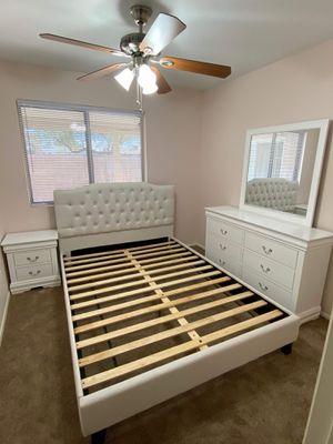 King size bedroom set for Sale in Phoenix, AZ