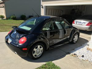 2001 Volkswagen Beetle 2.5L Entry Hatchback 2D for Sale in Augusta, GA