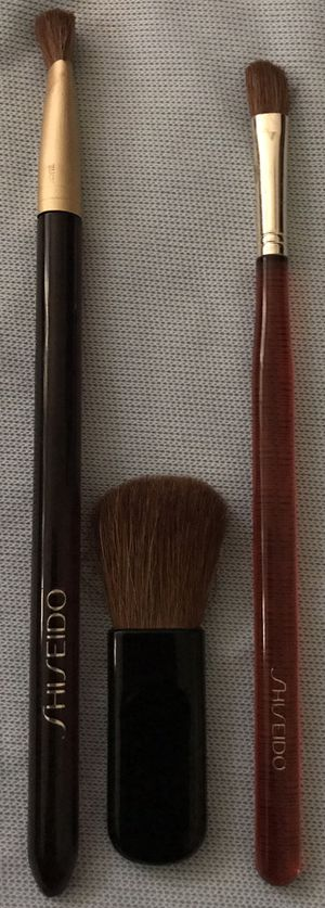 Best Offer!!! Sheseido Makeup Brushes. Best Offer! Pick-up Only in Clovis, No Delivery! for Sale in Clovis, CA