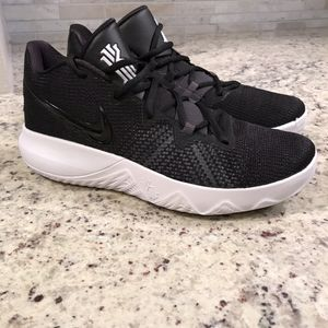 🆕 BRAND NEW Nike Kyrie Shoes for Sale in Dallas, TX