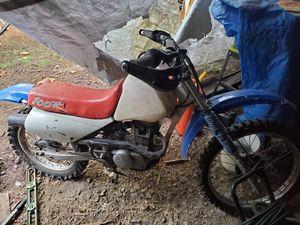 Honda 4 stroke dirt bike for Sale in Colton, OR