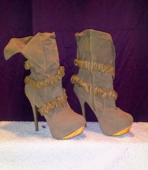 Bertinni high heel Fashion boots 10 for Sale in Poland, IN