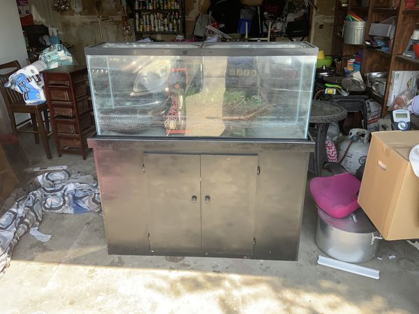 Large aquarium tank and stand with filter