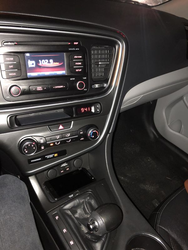 2015 Kia Optima lx low miles 97k like new