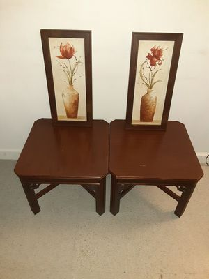 2 end table and 2 flower picture frames for Sale in Glen Lyon, PA
