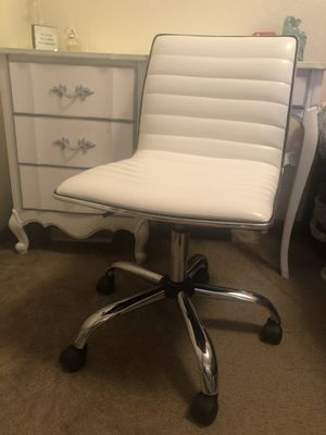 Desk chair for Sale in Mount Pleasant, MI
