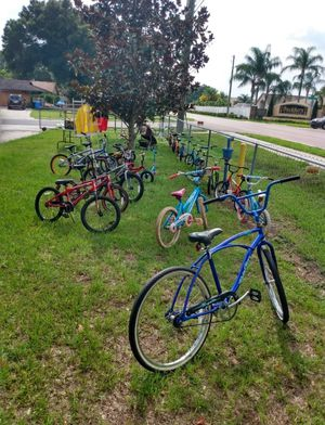 24 bikes left different $ for Sale in Brandon, FL