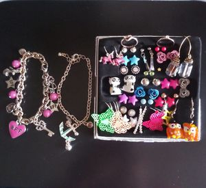 Custom jewelry for Sale in Sudley Springs, VA