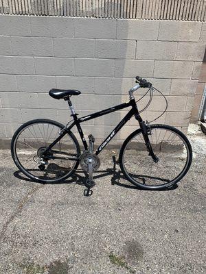 Giant Cypress hybrid bike - Road bike for Sale in Anaheim, CA